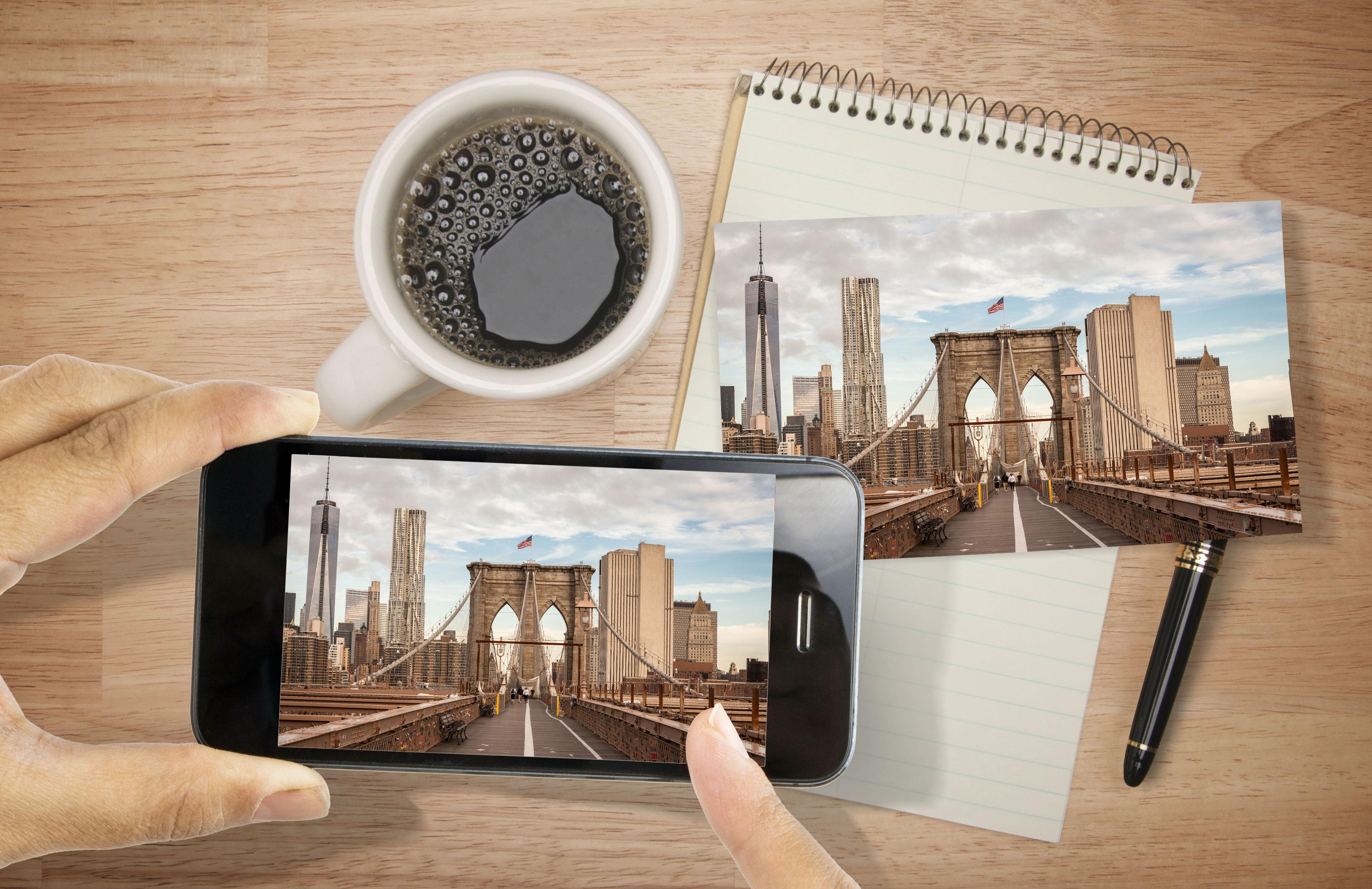 Tisk fotografií z fotoaparátu a chytrého telefonu.