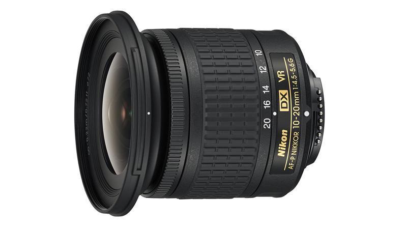 Širokoúhlý objektiv pro Nikon DX