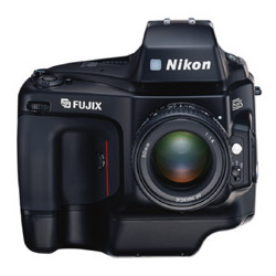 Nikon E2 a E2s