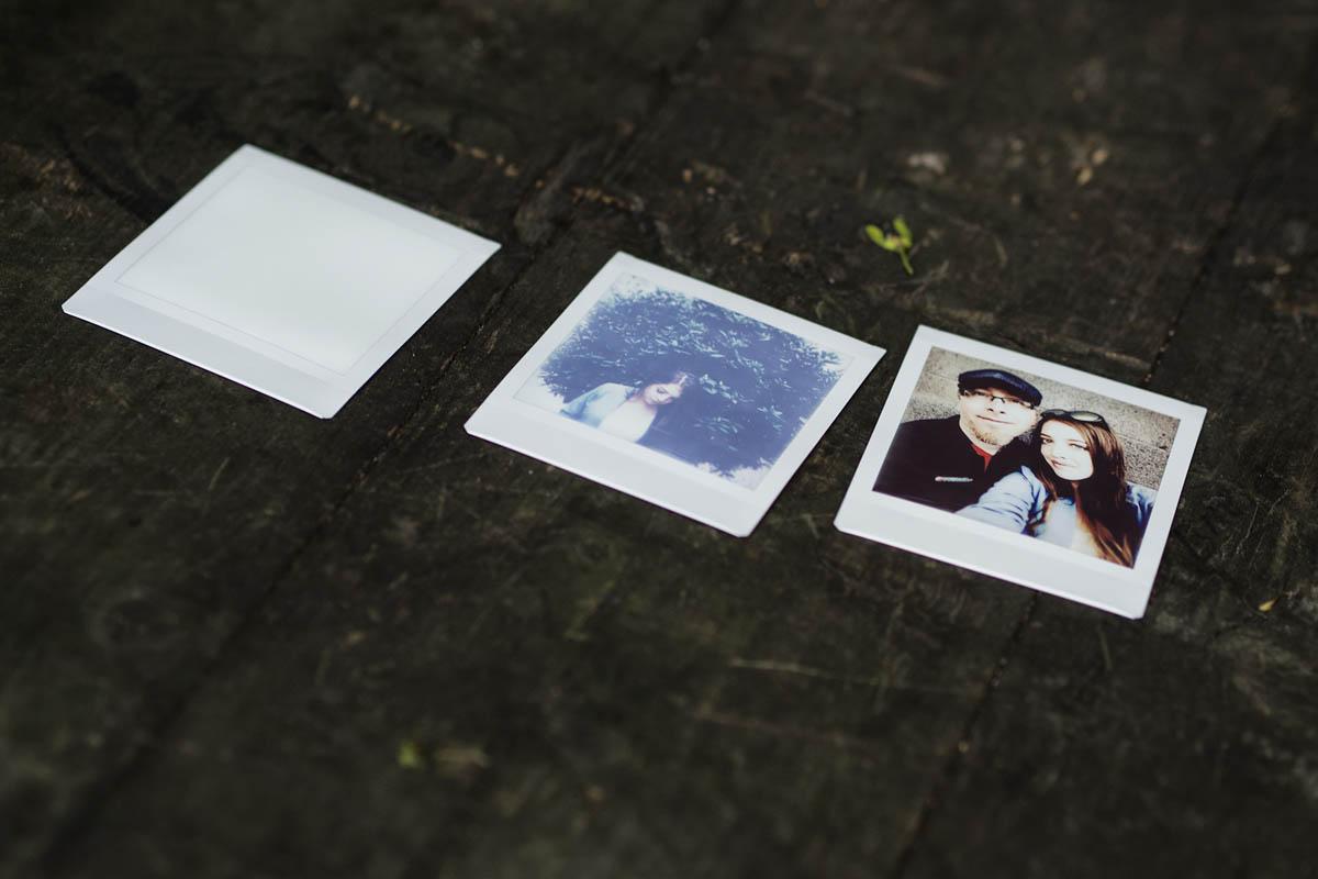 Instax SQUARE čtvercové polaroidové fotky