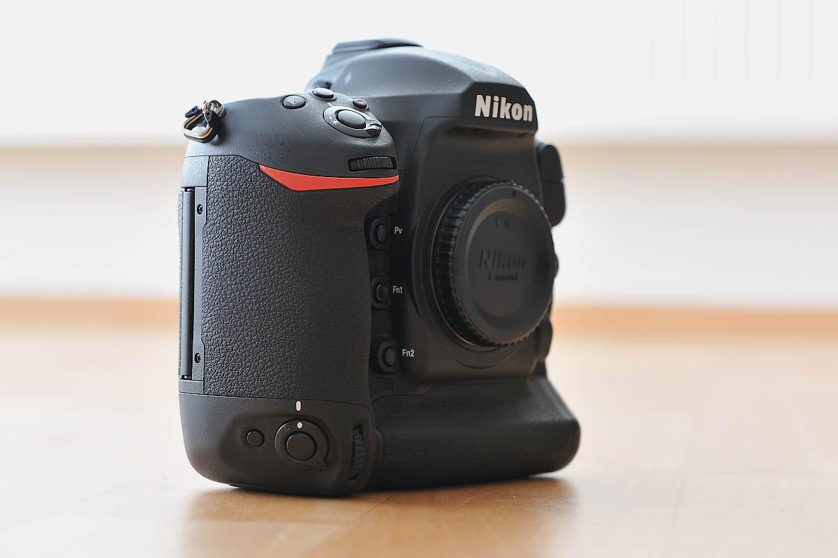 Nikon D5 hodnocení recenze