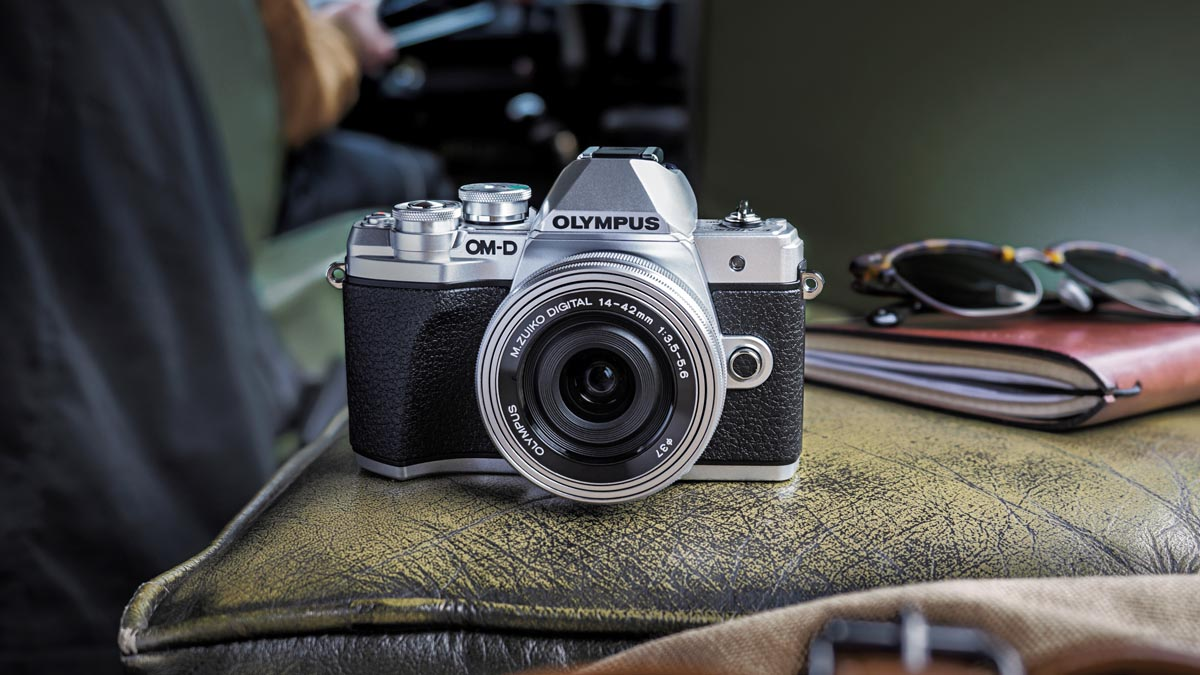 Představení Olympus OM-D E-M10 Mark III