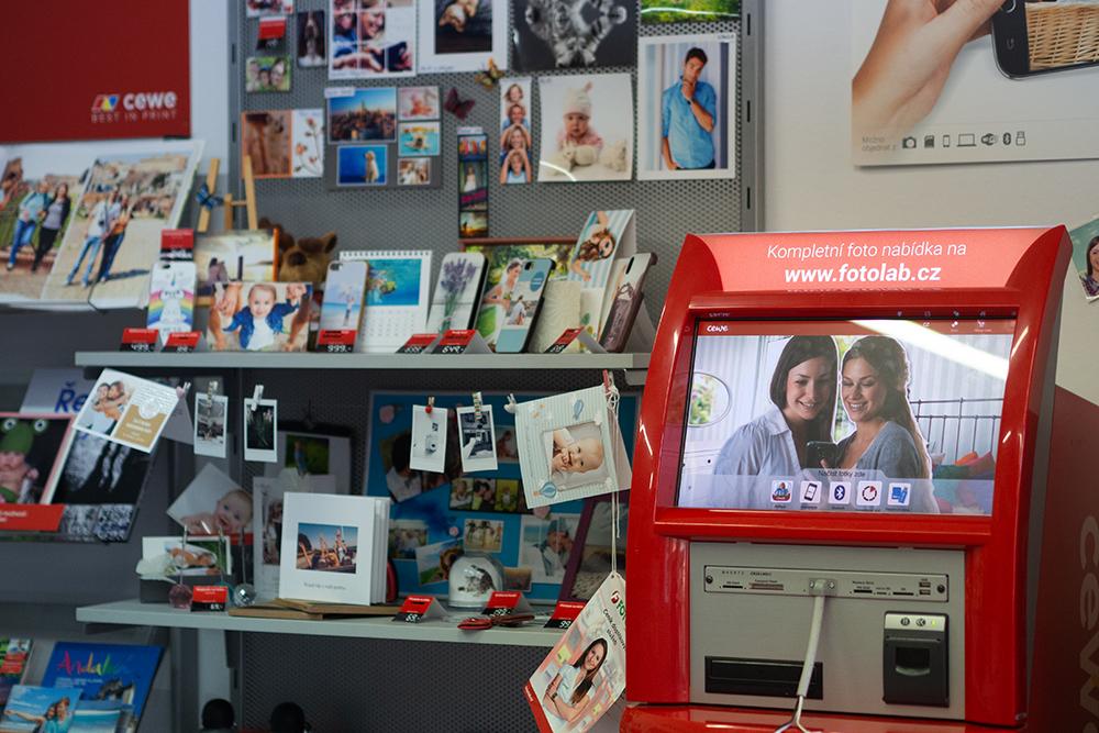 Prodejny FOTOLAB a tisk fotek