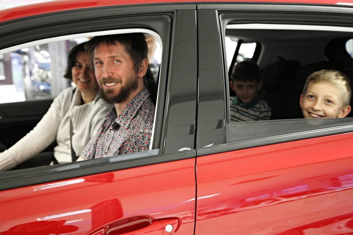 CEWE FOTOKNIHA roku - vítěz v novém Peugeotu 308