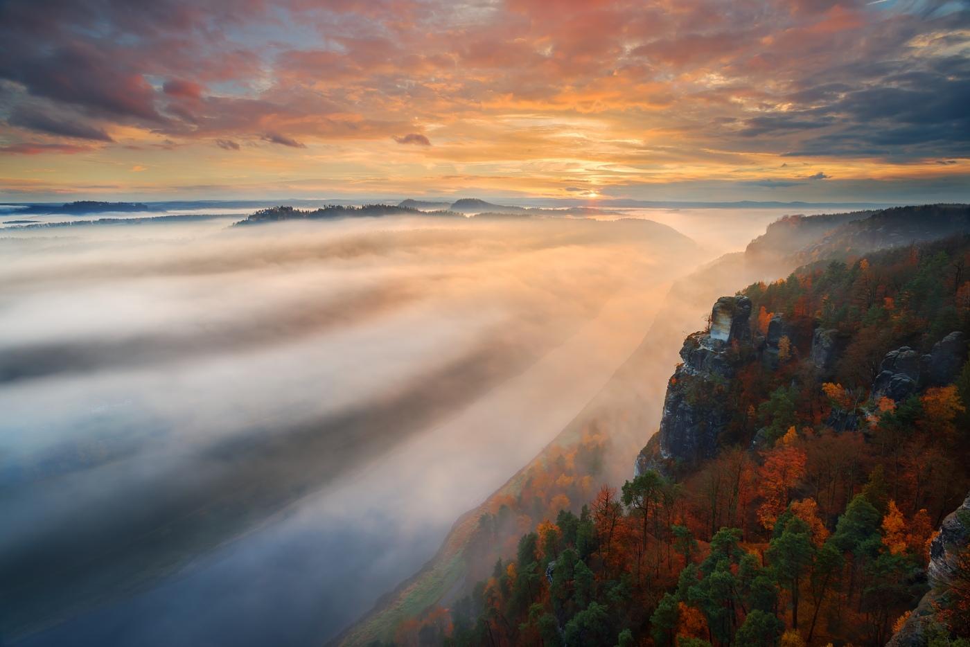 Bastei, Českosaské Švýcarsko, Německo. D600, Nikon 17-35mm f/2,8 AF-S, clona f/13, čas 1/6, ohnisko 17 mm, ND filtr 2-32x VFFOTO PS 77 mm