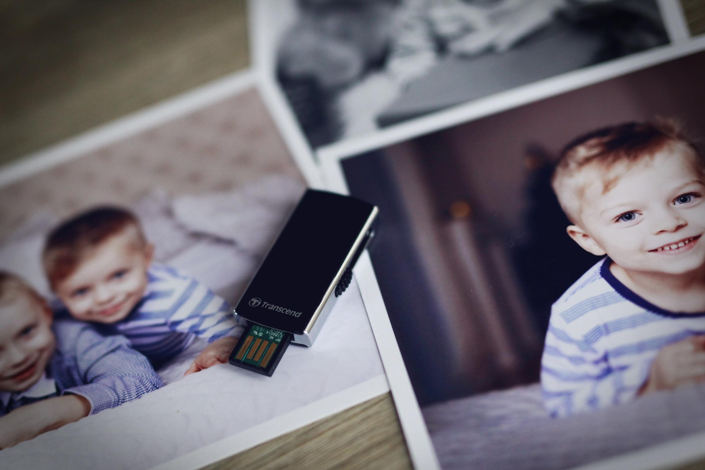 Jak zálohovat fotografie? Flashka