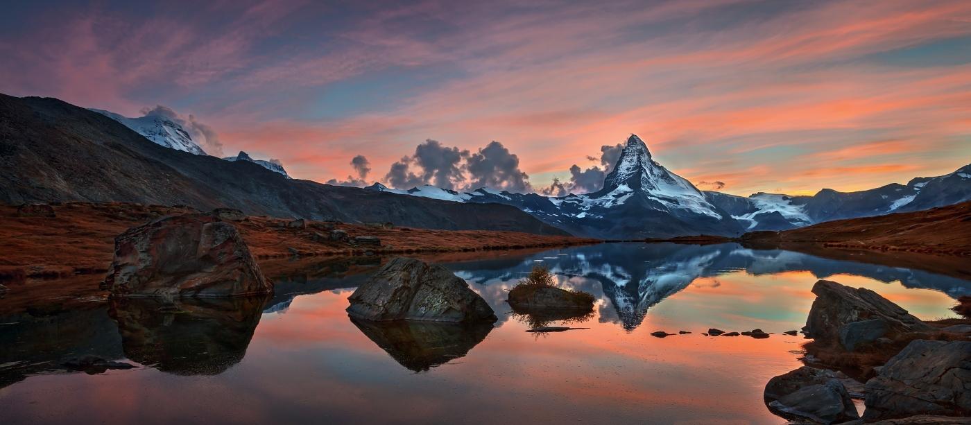 Matterhorn, Švýcarsko. Nikon 17-35mm f/2,8 AF-S, clona f/11, čas 1/5, ohnisko 22 mm, přechodový celoskleněný filtr VFFOTO NHDQ 0.9 SOFT 100×150 mm.