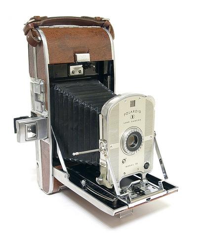 Světově první model značky Polaroid