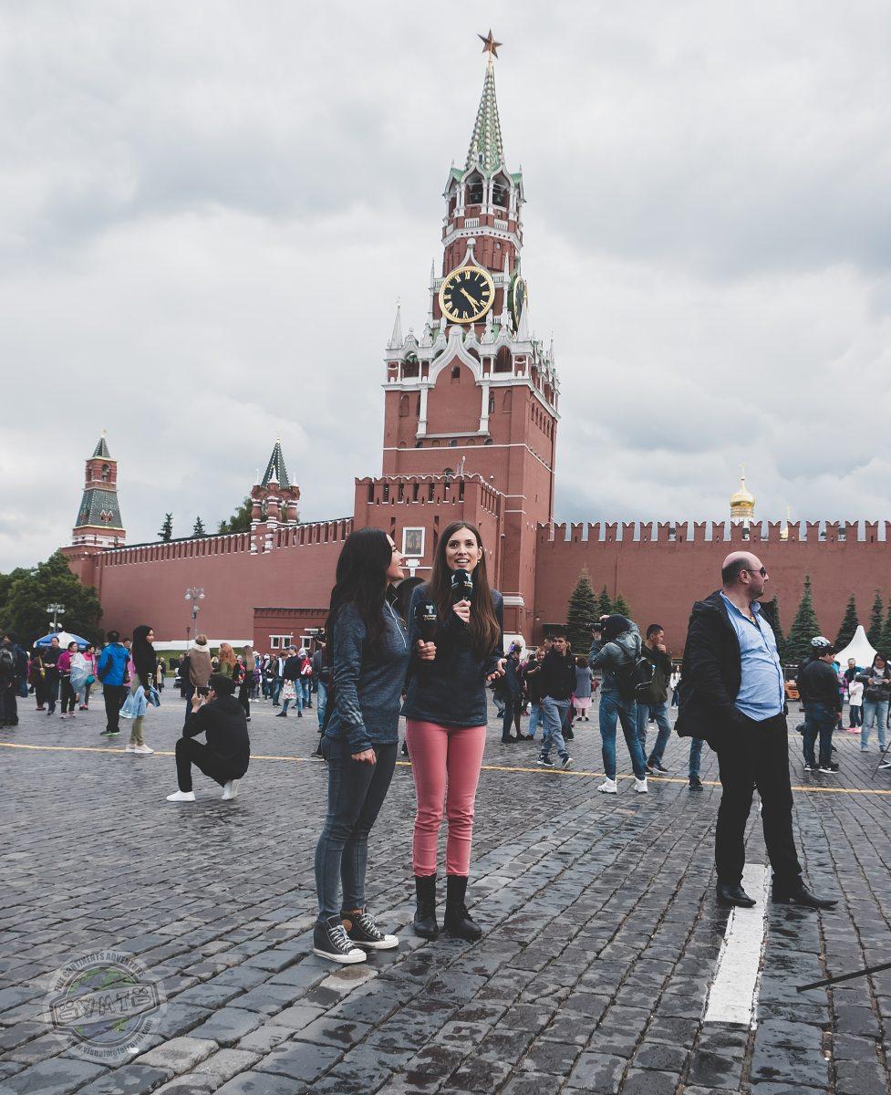 Rudé náměstí v době příprav na MS ve fotbale.
