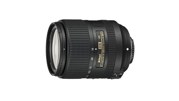 Nikon 18-300mm f/3.5–6.3G ED AF-S DX VR recenze