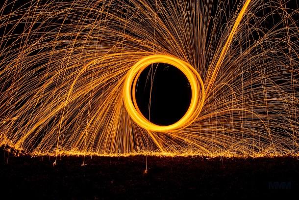 abstraktní ohnivé kolo