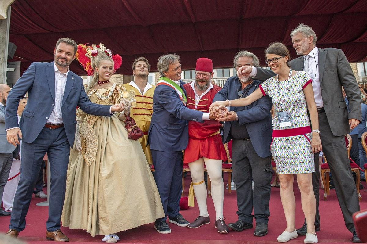 Slavnostní předání Bissona Praga