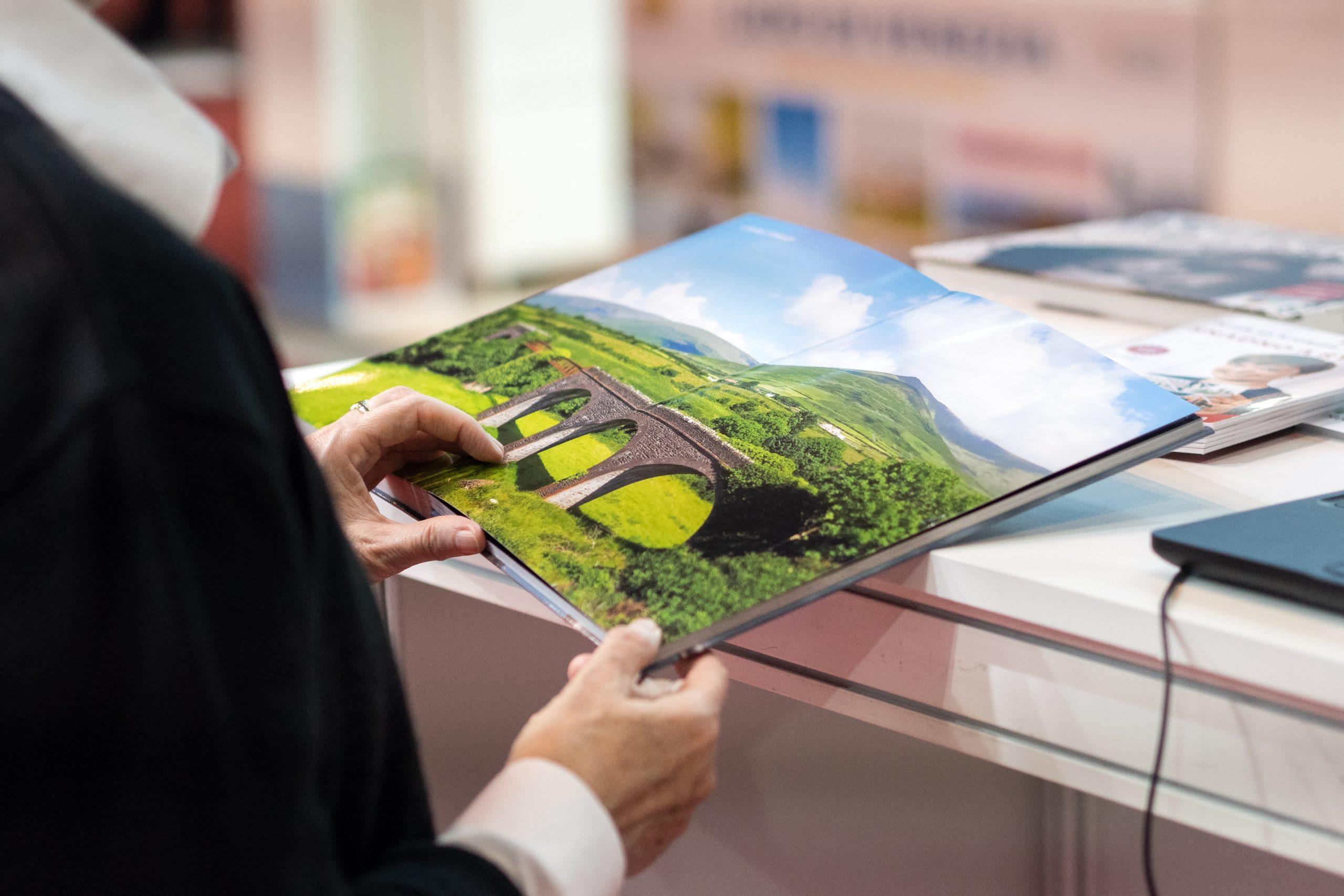 Cestování a CEWE FOTOLAB - Holiday World 2020