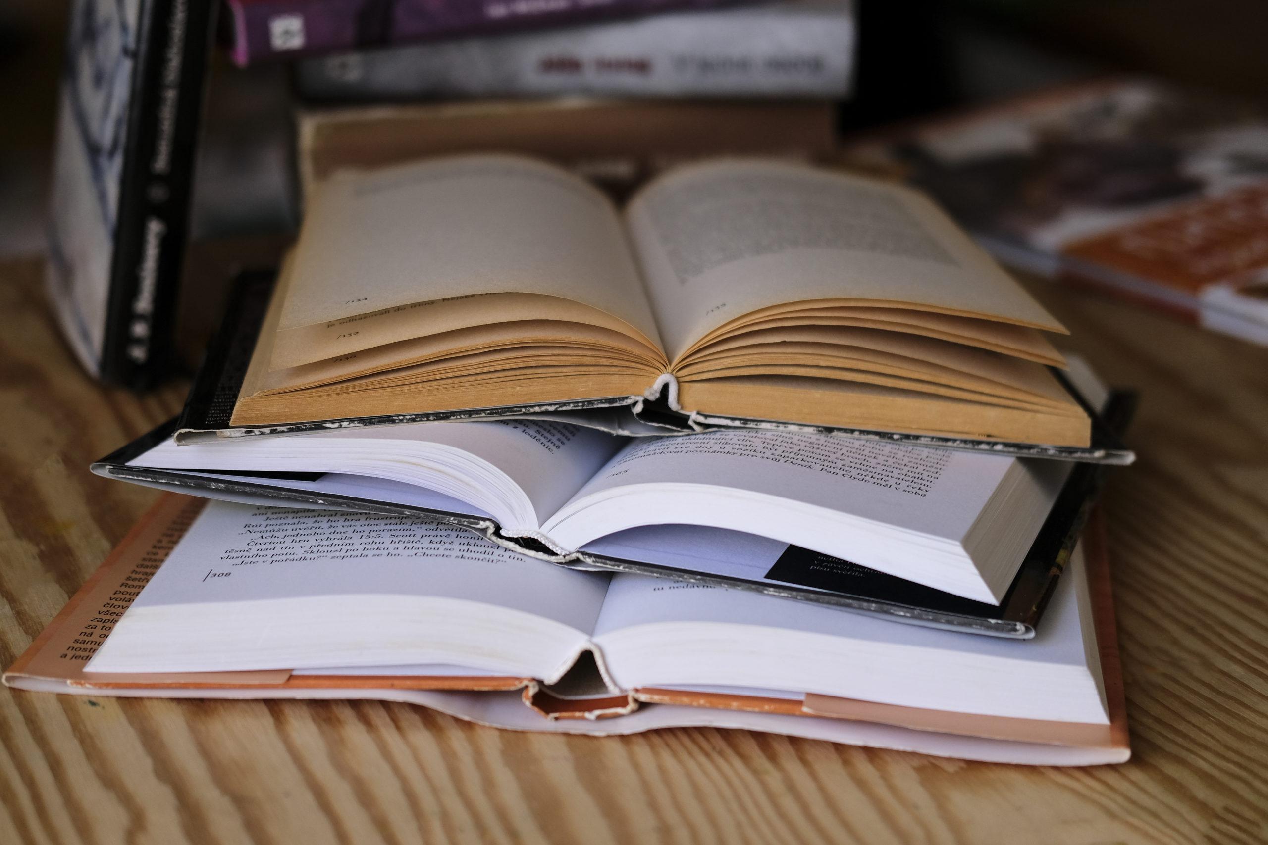kniha, detail knihy