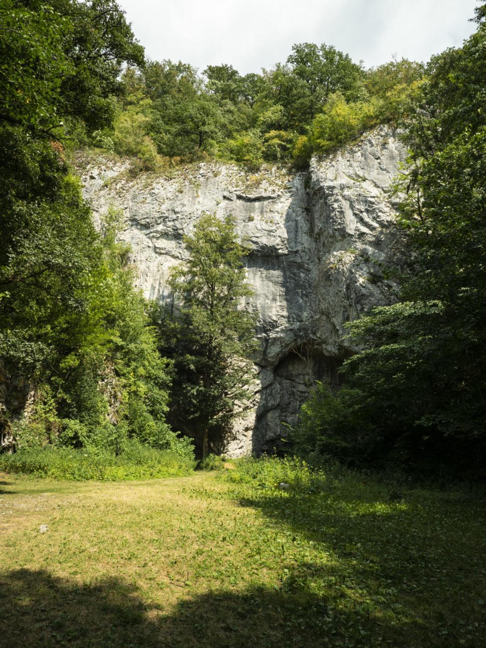 Moravský kras-Býčí skála