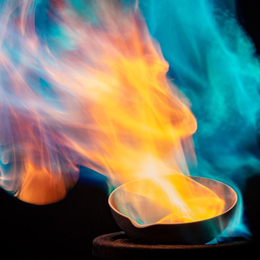 Petr Jan Juračka – fotografování chemického ohně