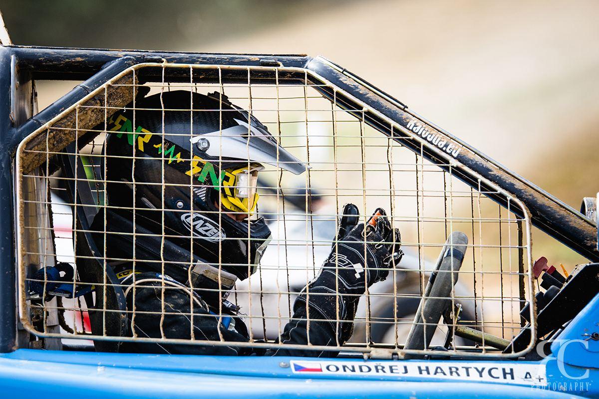 Fotografování sportu: Jak a čím fotit autokros