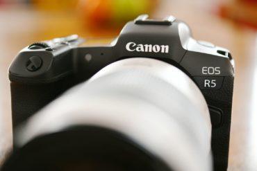 Recenze Canon EOS R5