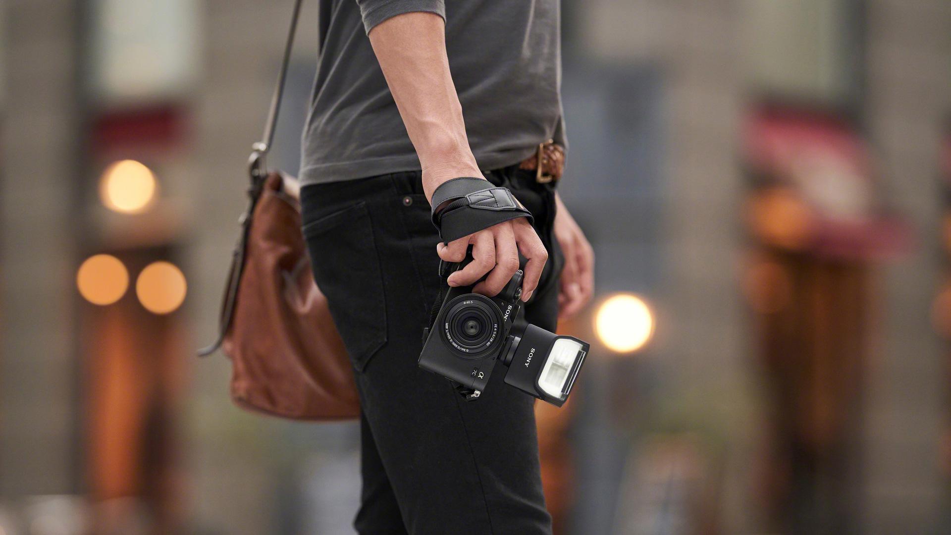 Fotoaparát Sony A7c street foto