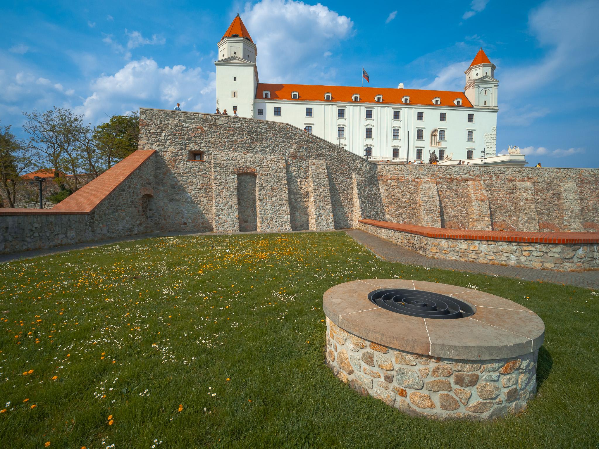 Studna u Bratislavského hradu